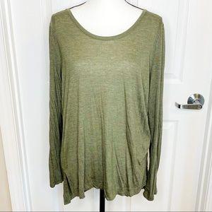 Lou & Grey Flowy Long Sleeve T-Shirt E18